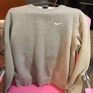 grey nike sweatshirt